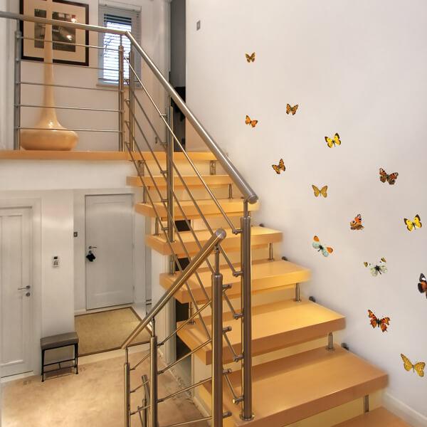 54453 Butterflies M